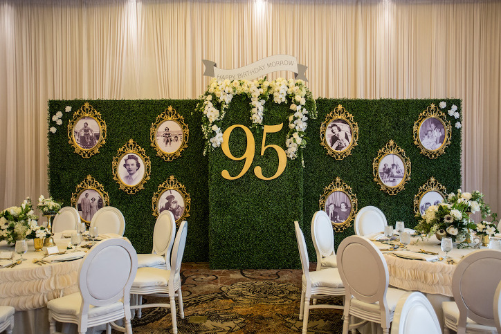 95th Birthday Party Green Moss Wall With Frame Pictures Decor